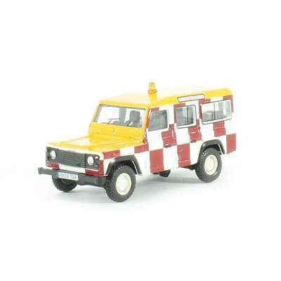 1:76 Land Rover Defender Station Wagon RAF Northolt