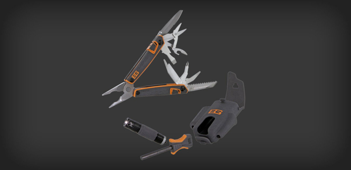 美國多用途刀具 - Survival Tool Pack Multi-Tool, Fire Starter & Flashlight